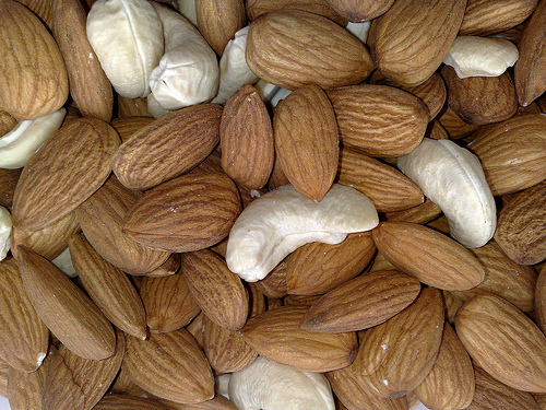 Almonds and Cashew -courtesy Flickr.com
