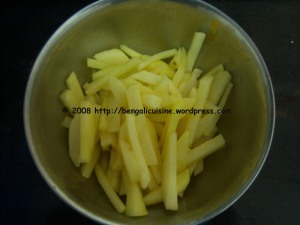 Potatoes cut to fry