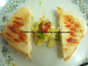 Egg and Potato stuffed Sandwich