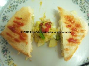 Egg and Potato stuffed Sandwich